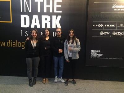 karanlikta diyalog etkinligi